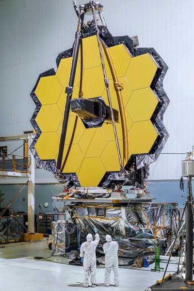 آینه کامل تلسکوپ فضایی جیمز وب