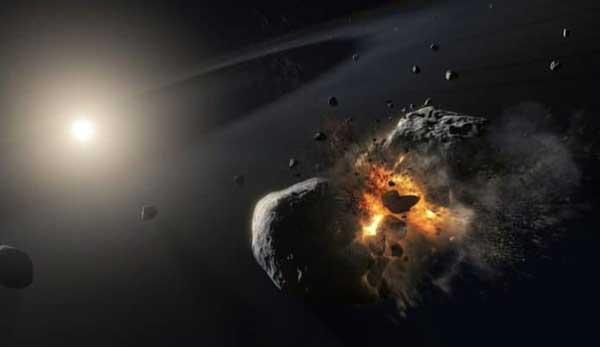 برخورد سیارک ها در اطراف ستاره فمالحوت