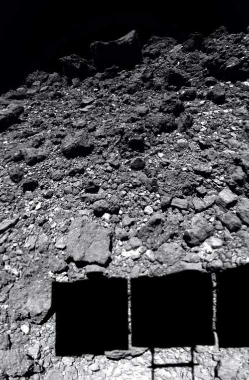جزئیات سطح سیارک ریوگو