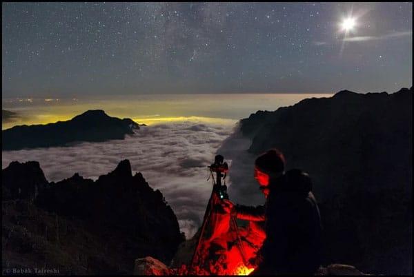 برخی عکاسان نجومی مناطقی دورافتاده را برای عکاسی انتخاب میکنند.
