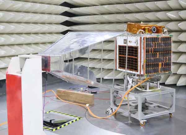 موفقیت ماهواره پارس-1